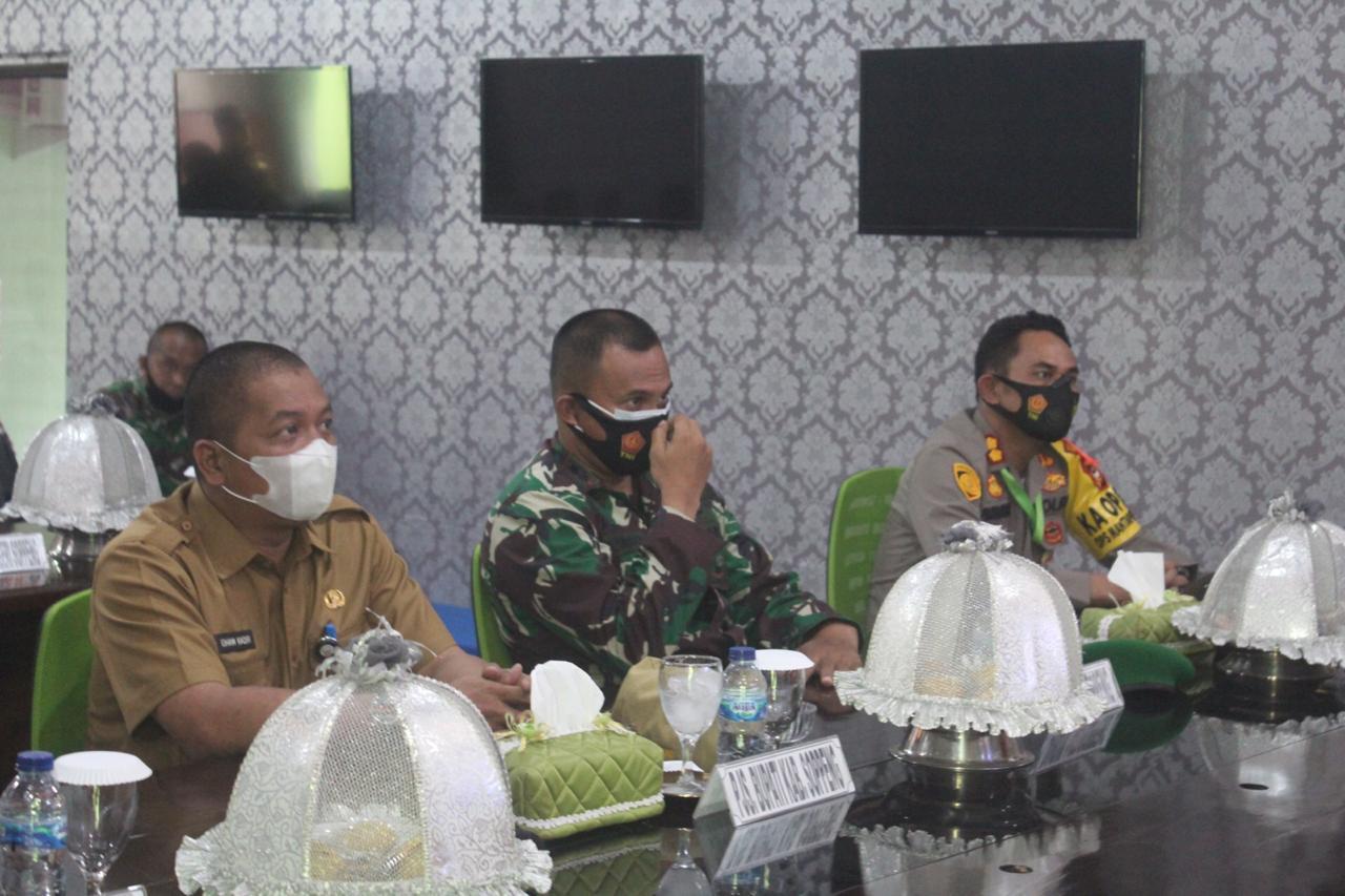 Kapolres Soppeng Hadiri Upacara HUT TNI ke 75 Secara Virtual di Kodim 1423 Soppeng