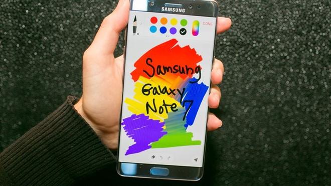 Chi Samsung moi cuu duoc Android hinh anh 1