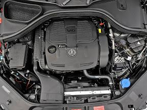 Mercedes-Benz-M-Class_2012_1600x1200_12