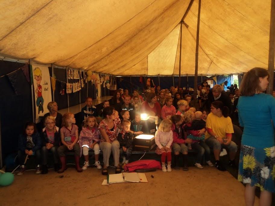 Witte tent VBW 2011 - 83.JPG