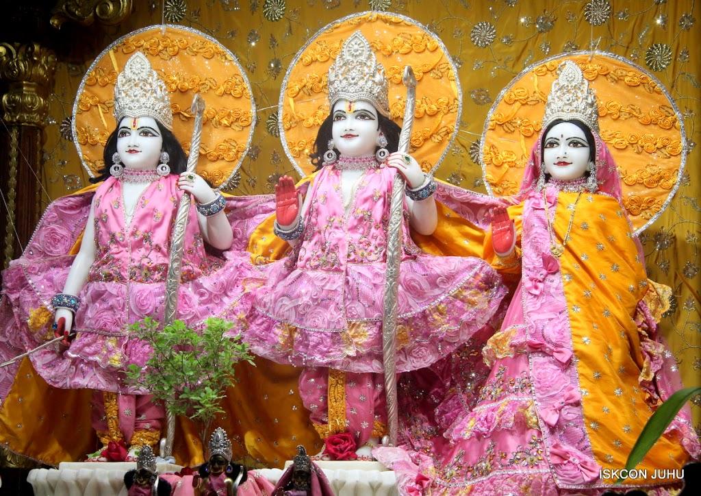 ISKCON Juhu Mangal Deity Darshan on 22nd July 2016 (5)