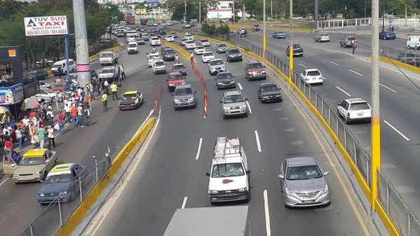 Obras Públicas ampliará kilómetro 9 de la autopista Duarte