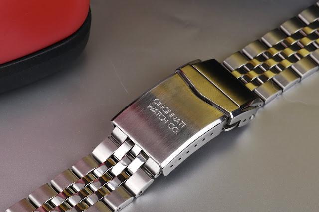 Cincinnati Watch Co. Diver's Edition clasp