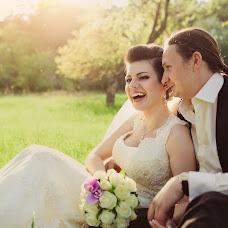 Wedding photographer Ekaterina Chernaya (Chernaya). Photo of 08.05.2013