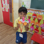 Show and Tell Activity (Sr. KG) 25.08.2015