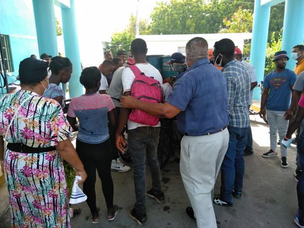 Pedernales: Un muerto y 16 heridos en accidente