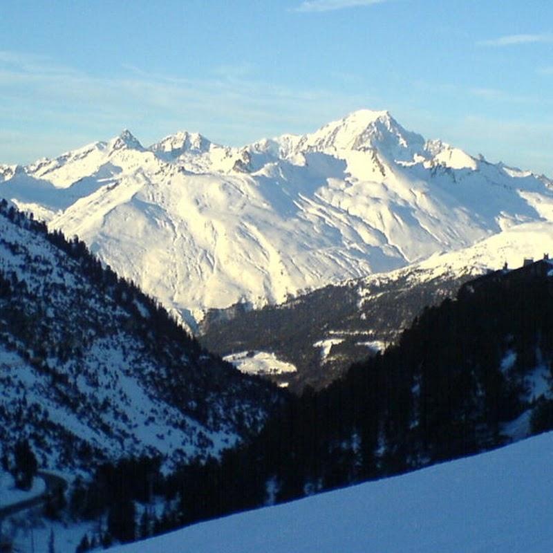 Les_Arcs_45 Arcs 2000 Mont Blanc View.jpg