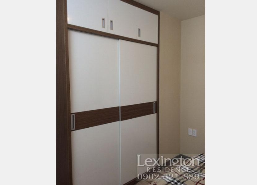 căn hộ Lexington tủ quần áo tại phòng ngủ chính