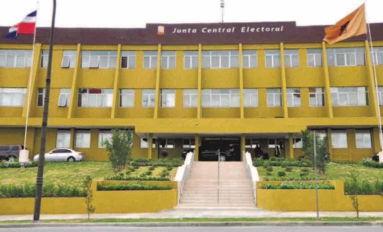 Oficial civil de JCE suspendido sin sueldo