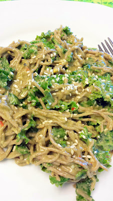 Recipe for Soba Noodles with Kale, Miso, and Avocado, vegetarian and gluten free and healthy and easy!