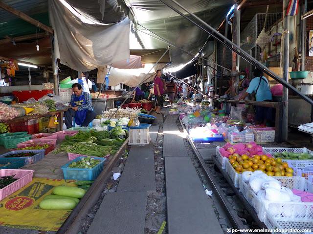 mae-klong-mercado-vias-tren-tailandia.JPG
