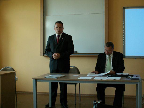 pierwsza konferencja w zespole szkół nr 2 - PICT0341_1.JPG