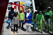 Terapkan Physical Distancing, IWAPI Aceh Tengah bagi Sembako untuk Warga Dampak Covid-19