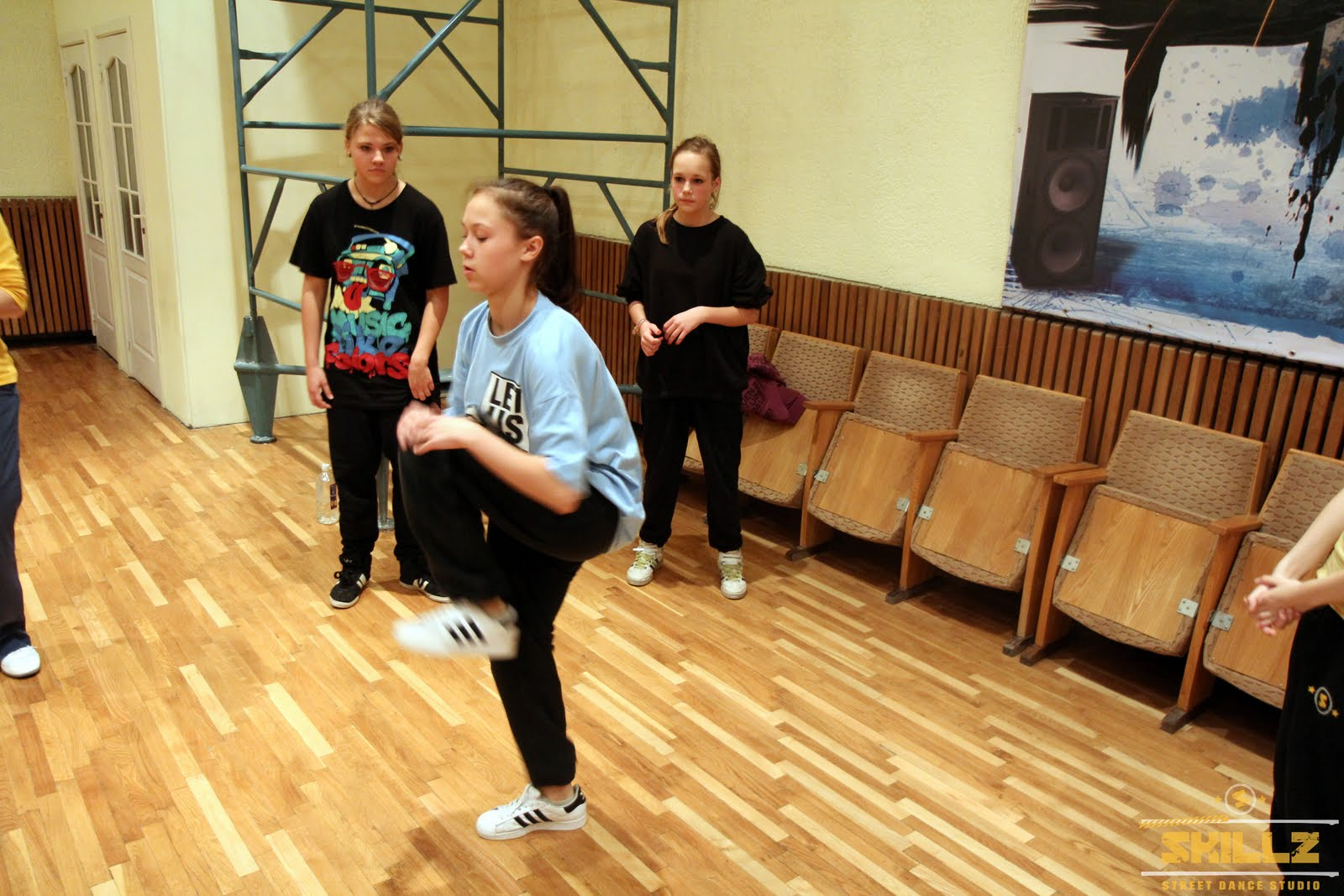 Hip- Hop workshop with Shaadow (UK) - IMG_1821.jpg