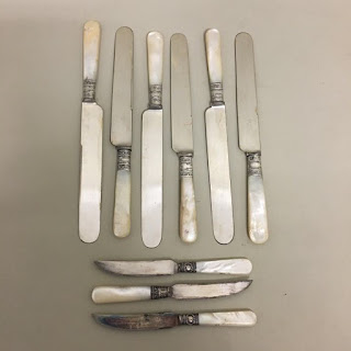 Pearl Handled 9 Piece Knife Lot