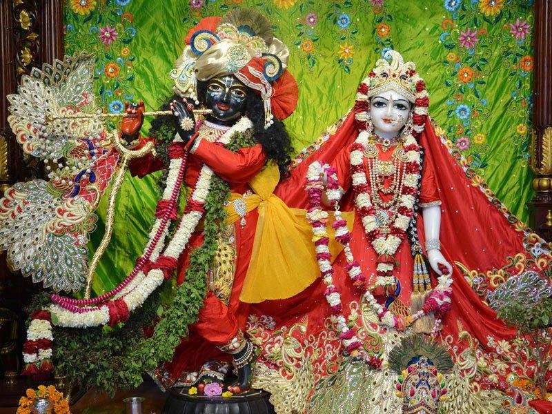 ISKCON Ahmedabad Deity Darshan 05 Mar 2016 (8)