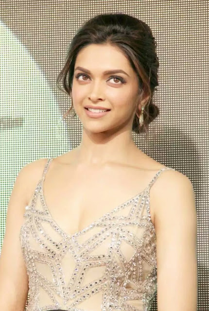 Deepika Padukone latest hot pics 2017