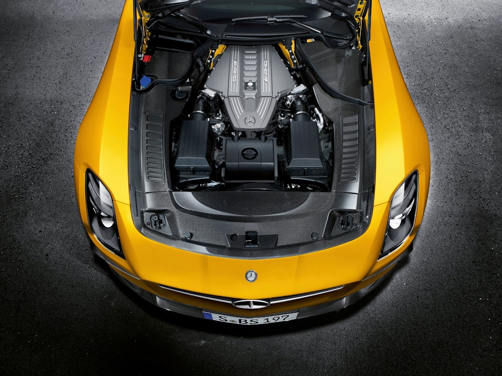2014 Mercedes-Benz SLS AMG Black Series Engine