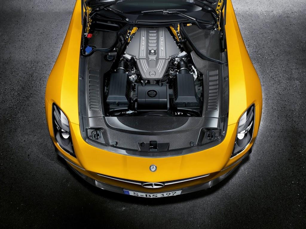 2014 Mercedes-Benz SLS AMG Black Series Engine