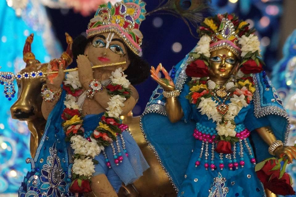 ISKCON Noida Deity Darshan 11 May 2016 (3)