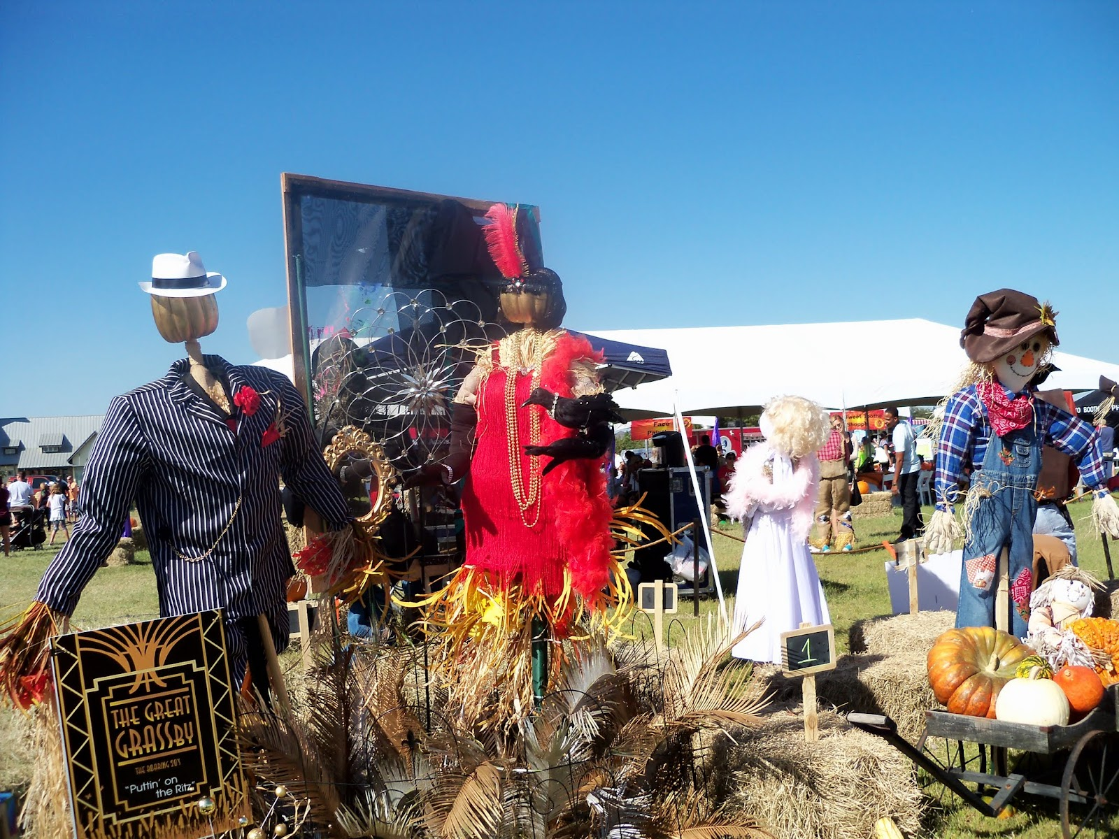 Scarecrow Festival - 100_0759.JPG