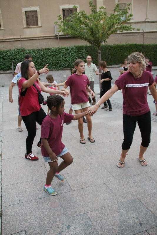 Festa infantil i taller balls tradicionals a Sant Llorenç  20-09-14 - IMG_4469.jpg
