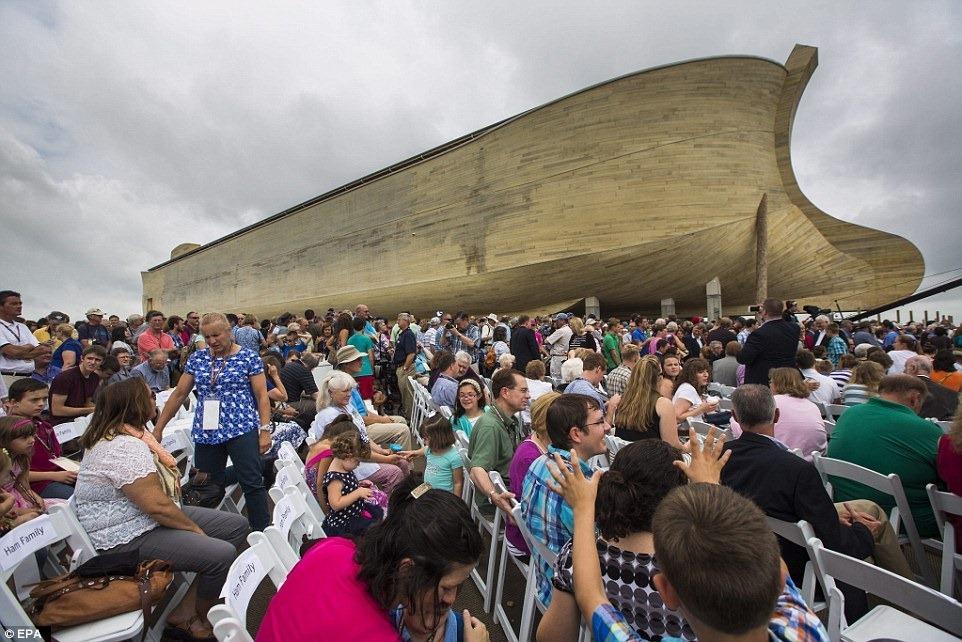 Noahs-ark-kentucky-1