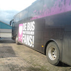 De Mercedes Tourismo van South West Tours bus 53 met de bestikering van De Bus krijgt steeds meer FANS!