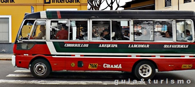 Ônibus em Lima