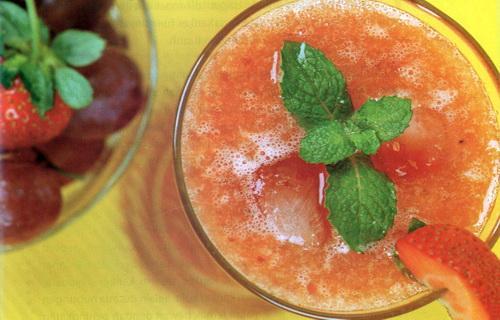 resep membuat jus buah strawberry semangka