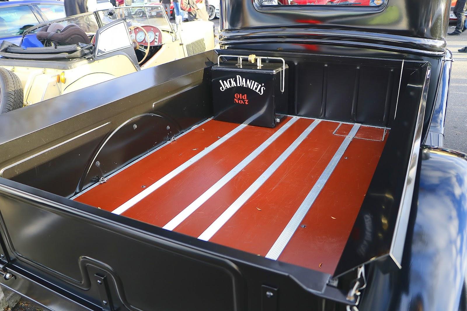 Ford Traytop HotRod Tray.jpg
