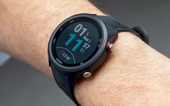 Best Smartwatches for Running Garmin Forerunner 245 Music