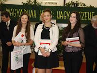 16 Dudás Orsolya (2.), Gömöry Eszter (1.), Szilvási Bianka (3.) .jpg