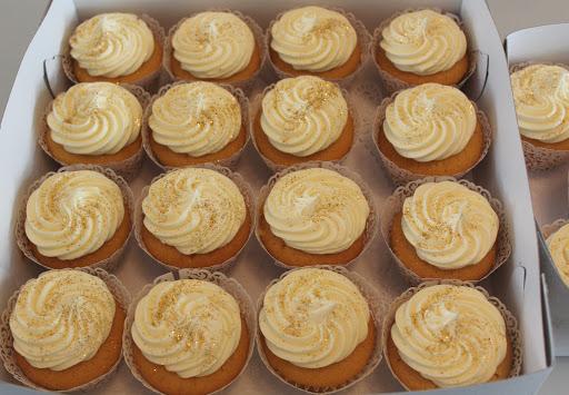 806- Goud cupcakes.JPG