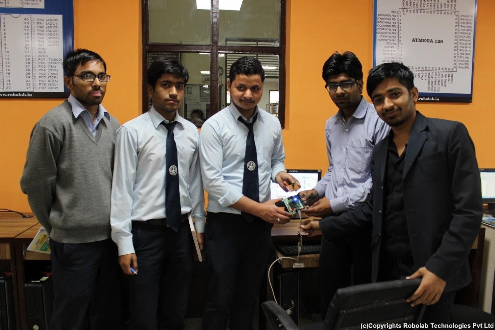 SunderDeep Group of Institutions, Ghaziabad Robolab (12).jpg