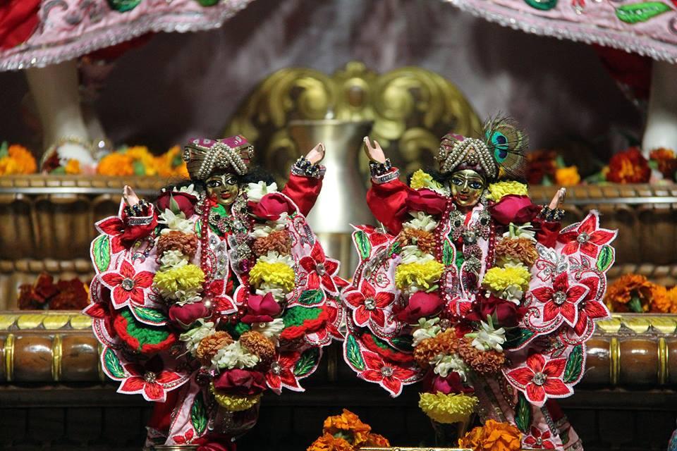 ISKCON Delhi Deity Darshan 06 Jan 2016 (14)