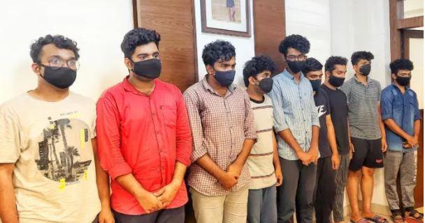 Ragging in Srinivas College-9 students arrested | ಮಂಗಳೂರಿನ ಶ್ರೀನಿವಾಸ್ ಕಾಲೇಜಿನಲ್ಲಿ Ragging: 9 ವಿದ್ಯಾರ್ಥಿಗಳ ಬಂಧನ