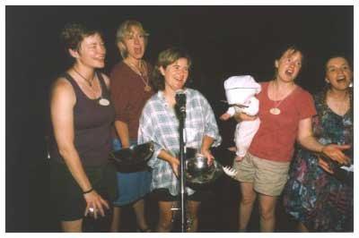 Camp 2006 - kitchen_staff_01.jpg