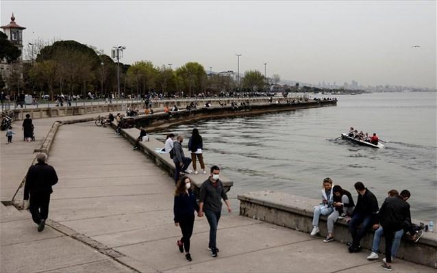 Η Τουρκία ετοιμάζεται για το πρώτο της γενικό lockdown ελπίζοντας να προλάβει τον τουρισμό