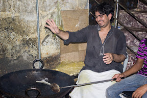 Making of Puri, Breakfast in Sharqpur
