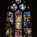 """Église Saint-Pierre de Montfort-l'Amaury : vitrail """"Litanies de la Vierge"""""""