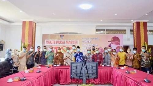 Wawako Hendri Septa Lepas 30 Pejabat Eselon III Pemko Padang Ikuti Pelatihan Kepemimpinan Administrator.