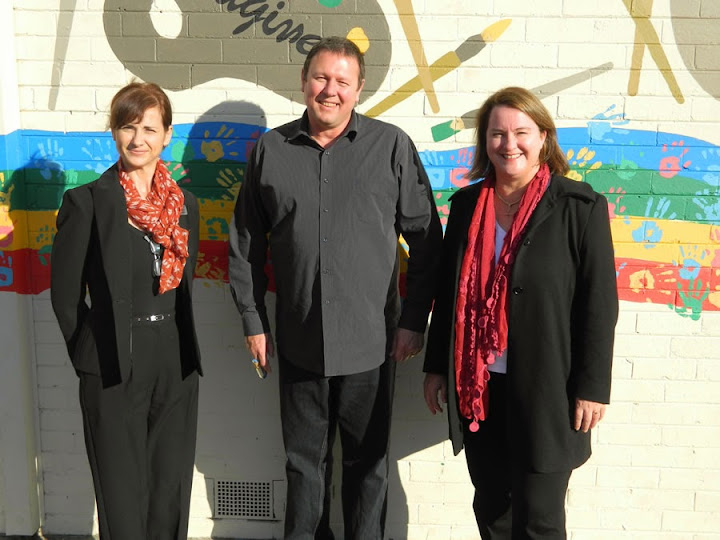 With the Principal of Donvale PS and artist in residence