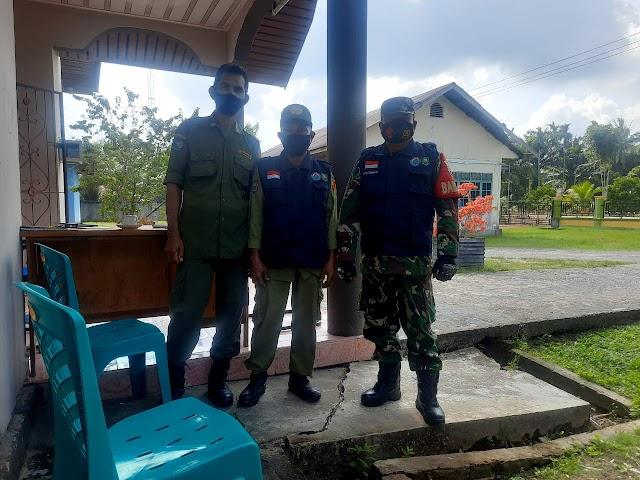 Serda Batu Bara Komsos Prokes Bersama Perangkat Desa Pematang Duku