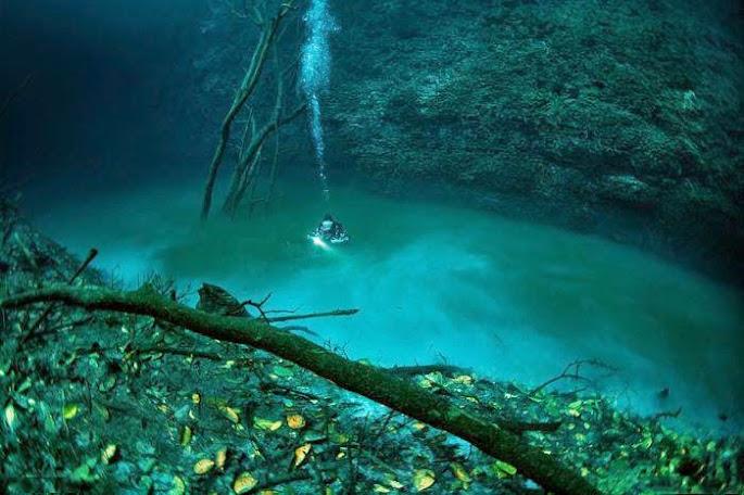 Cenote Angelita – dòng sông dưới biển.