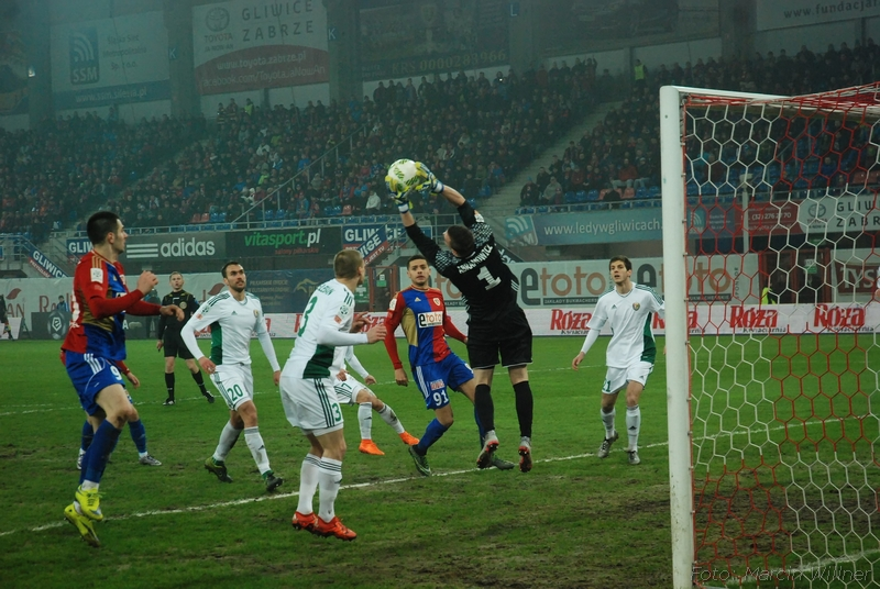 Piast_vs_Slask_2016_03-18.jpg
