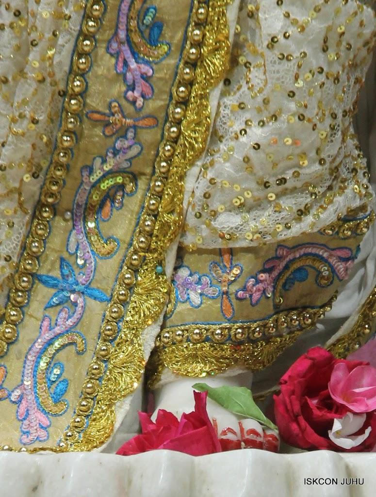 ISKCON Juhu Mangal Deity Darshan on 29th May 2016 (1)