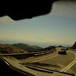 skała Gibraltaru ledwo wynurzajaca sie z chmur