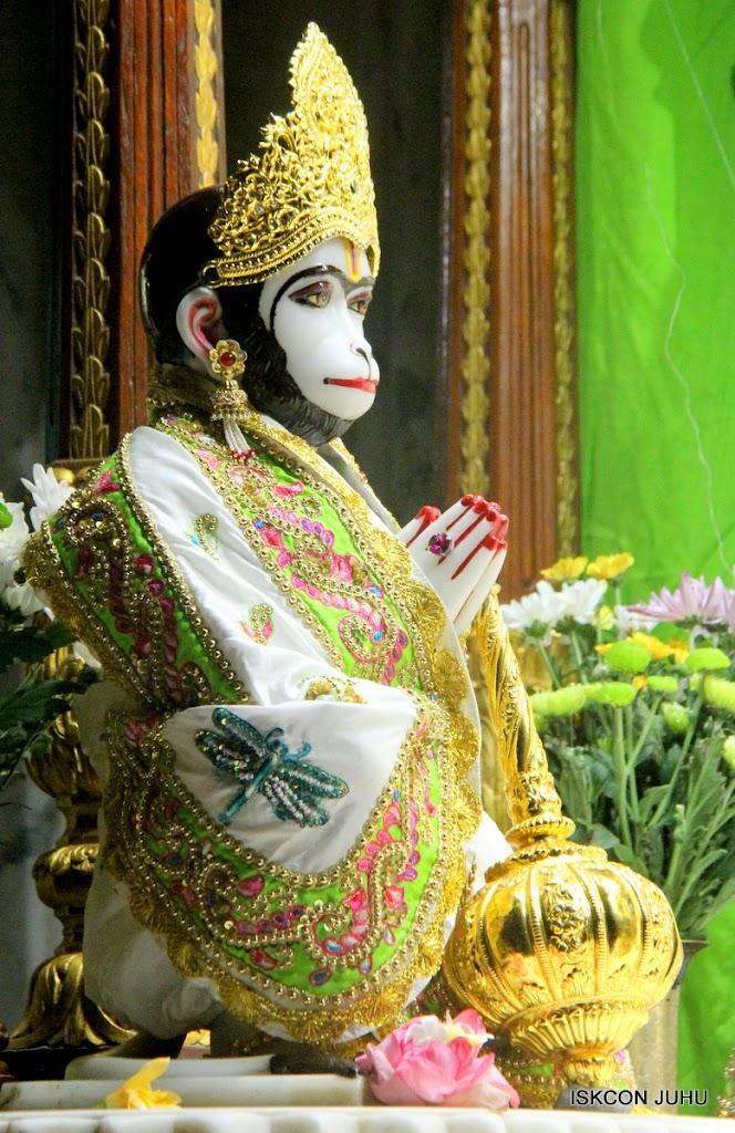 ISKCON Juhu Mangal Deity Darshan on 01st May 2016 (11)