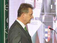 Magyar-magyar párbeszéd (26).JPG